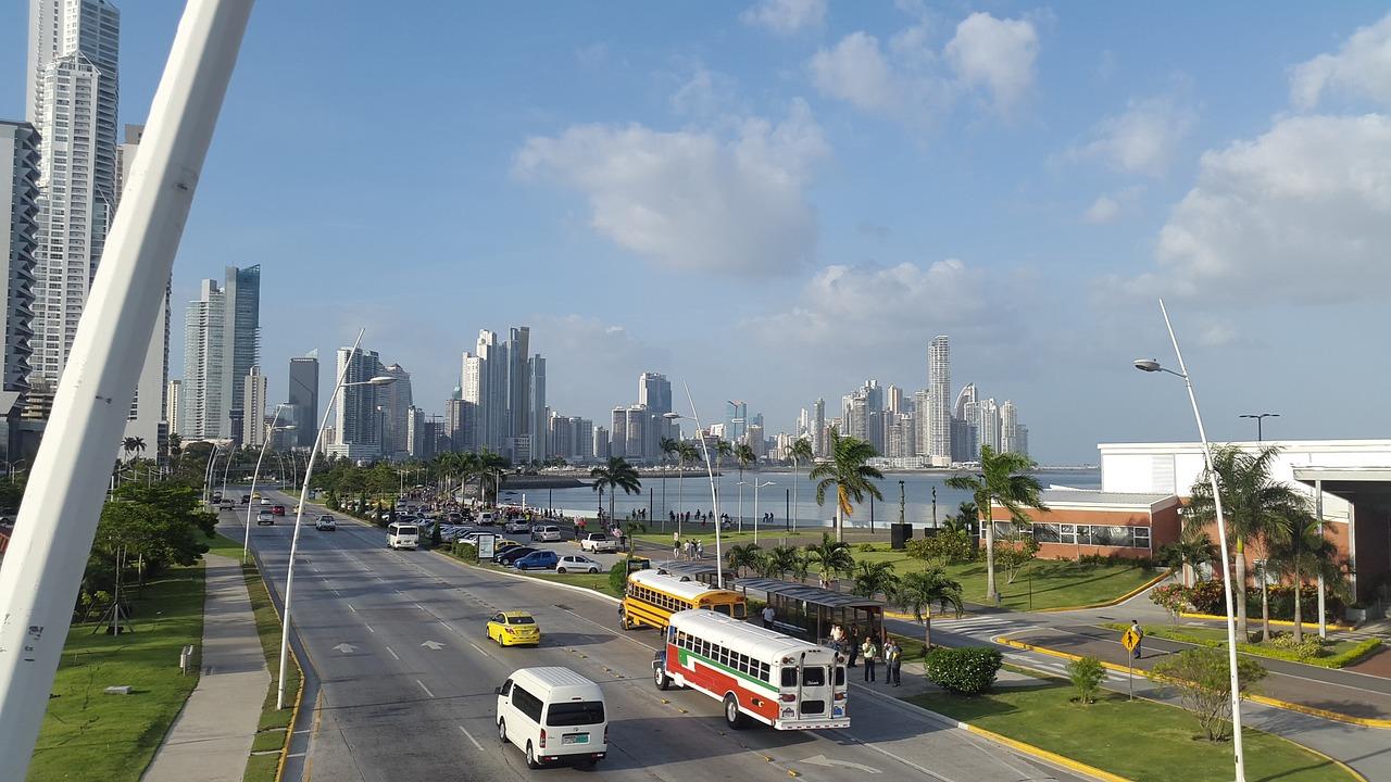 Panama lawyers - Gray